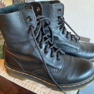 Soft leather Classic Dr. Martens